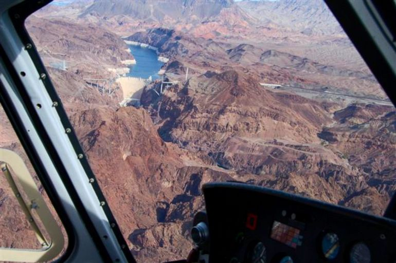 Helicopter over Hoover Dam. - Las Vegas