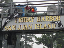 Welcome sign at Friday Harbor , Ann - May 2012