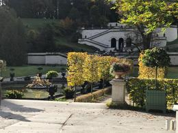 Fountain in front of Linderhof castle , Knut F - October 2017