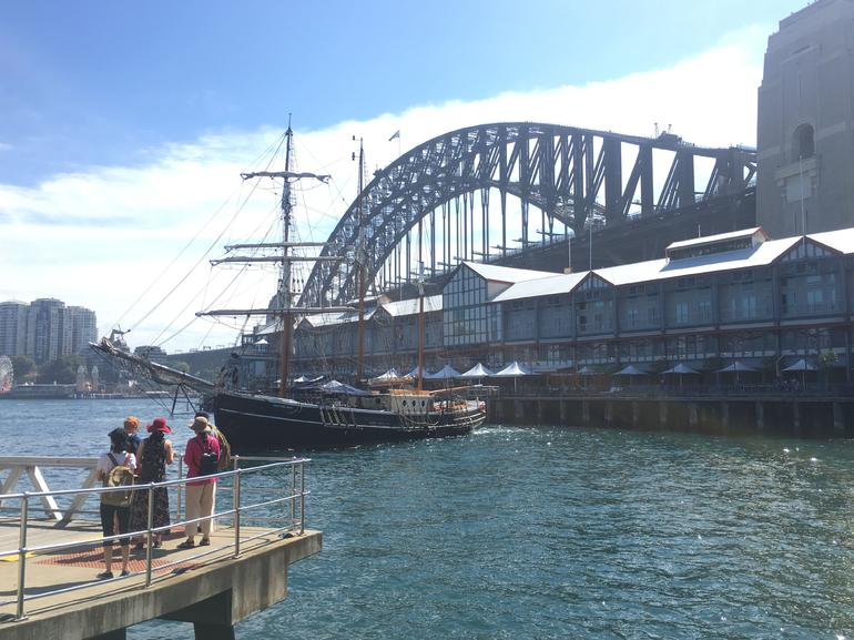 Convicts & Castles: Goat Island Walking Tour Including Sydney Harbour Cruise