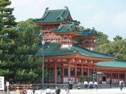 Heian Shrine, Karen A - October 2009