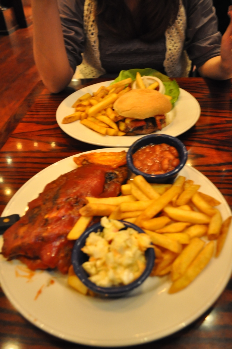 Skip the Line: Hard Rock Cafe Rome Including Meal photo 25