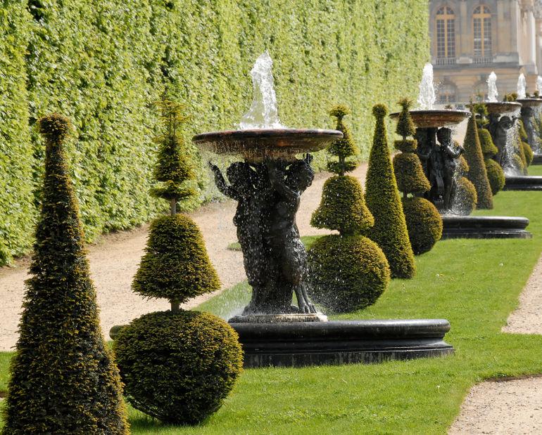 Versaille gardens.jpg - Versailles