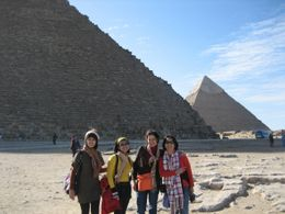 Everybody are excited to take pictures of the Giza pyramid - December 2008