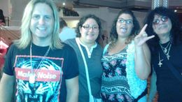 Meet & Greet with the band members!, Dani - September 2015