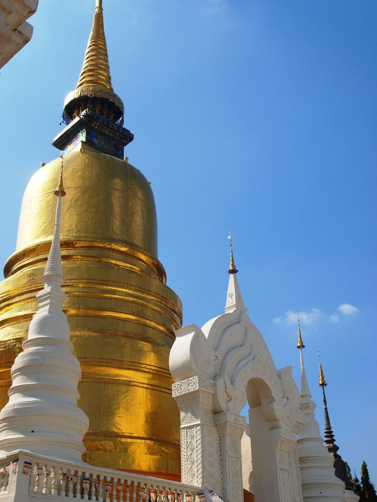 Chiang Mai City and Temples Half-Day Tour photo 18