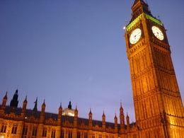 Des monuments magnifiques ... Des londonniens vraiment sympas ... On y était en amoureux, on reviendra très bientot avec nos enfants, car c'est aussi géniale comme destination ..., LESONGEUR M - March 2014