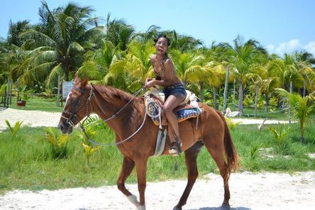Horse Riding Tour San Cristobal