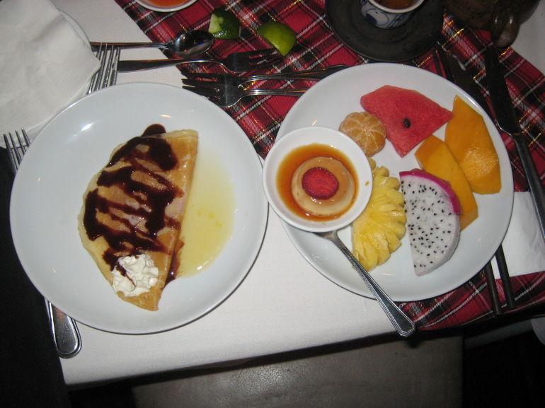 Dessert on Ho Chi Minh City dinner cruise - Ho Chi Minh City