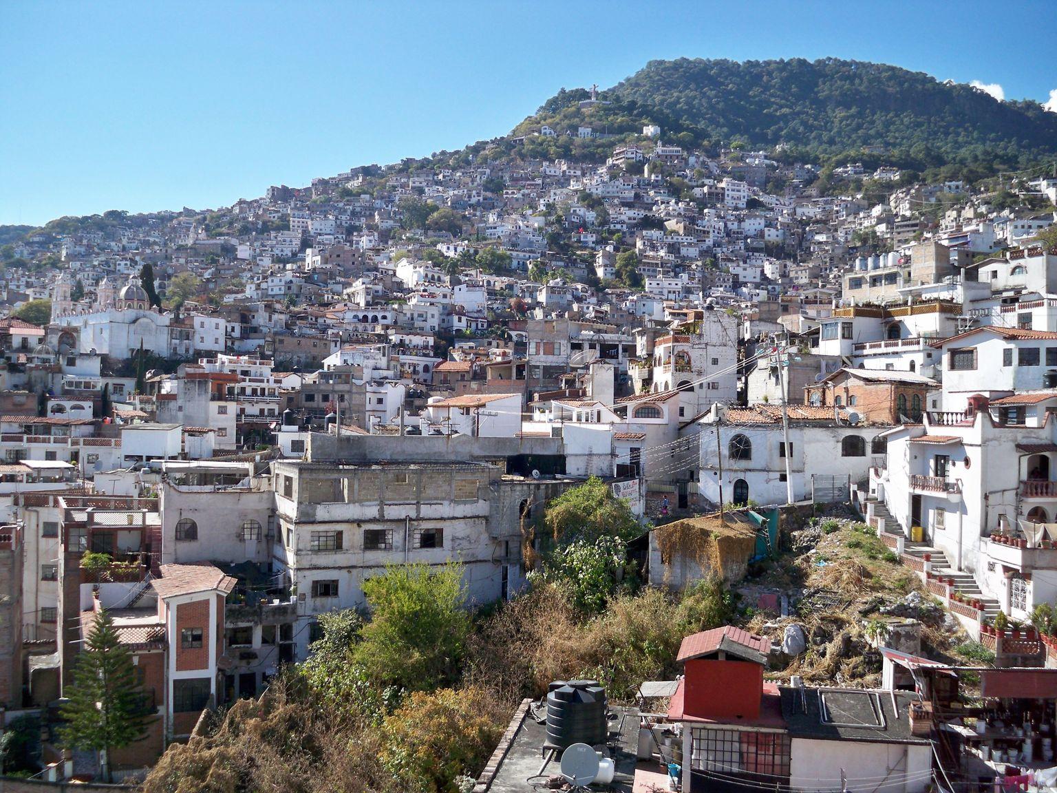 MAIS FOTOS, Taxco e Cuernavaca saindo da Cidade do México