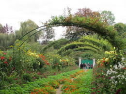 The iconic curved arches in Monet's garden. , Elizabeth R - December 2017