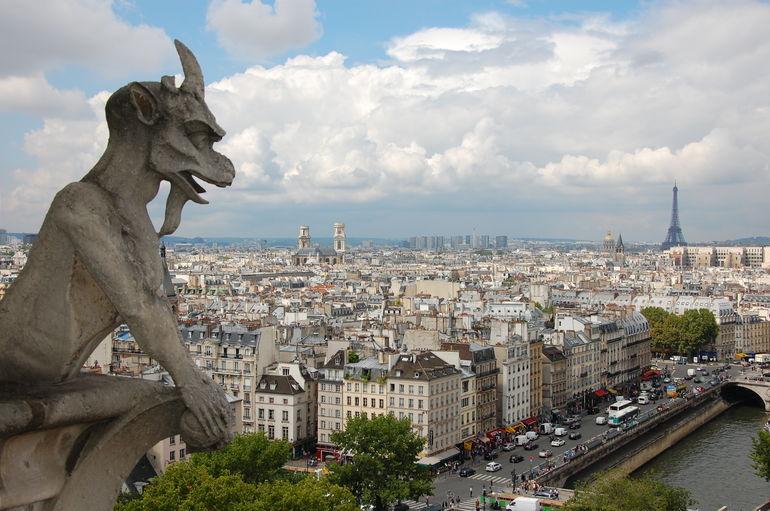 Gargoyle Gardians - Paris