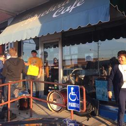 The Bluebird Cafe - in a strip mall. , Brenda J - November 2016