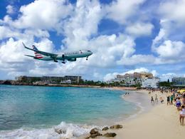 American Airlines 767 landing...crossing over Maho Beach , Todd S - December 2014