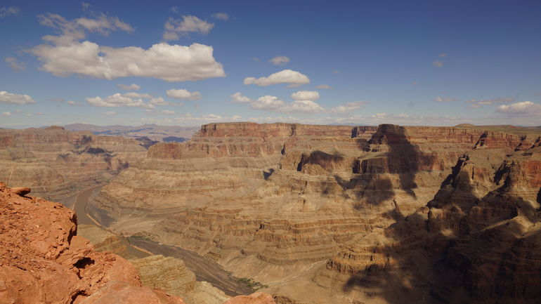 Grand Canyon mit Colorado River - Las Vegas