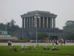 HCM Mausoleum with gardeners, Patricia P - July 2015