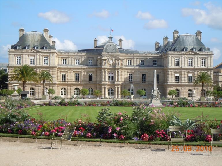 Paris is beautiful - Paris
