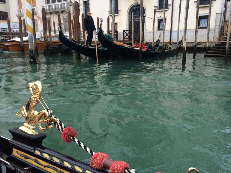 Venice Gondola Ride and Serenade with Dinner photo 16