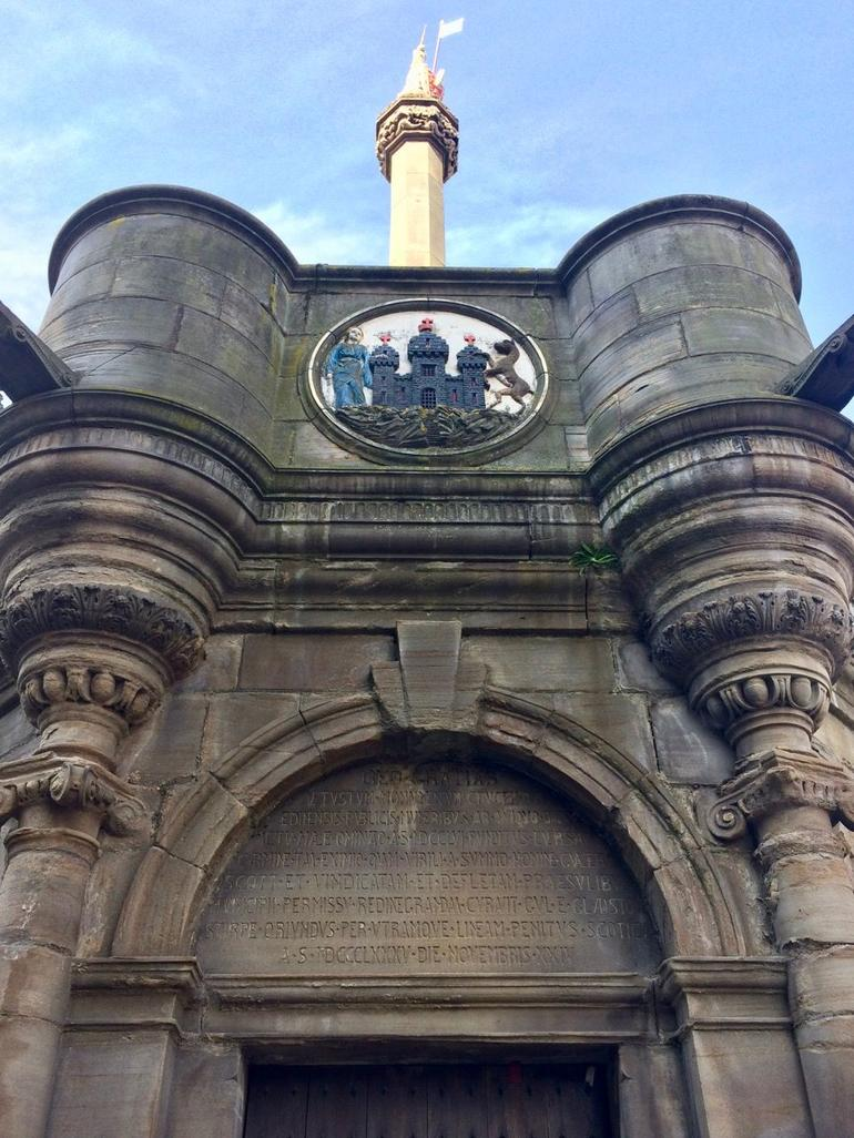 Historical Walking Tour with Optional Skip the Line Entry to Edinburgh Castle photo 30
