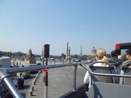 'Cars Rouges' tour bus. , Diana B - May 2011