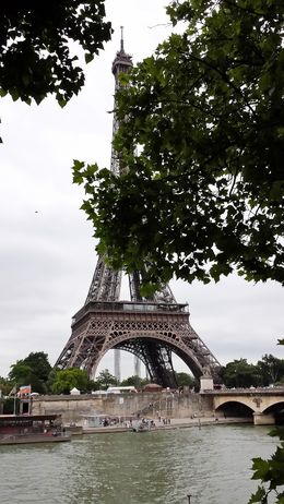 This photo was shot during the time we had to wander on our own, across from the Eiffel Tower. , Leslie S - July 2013