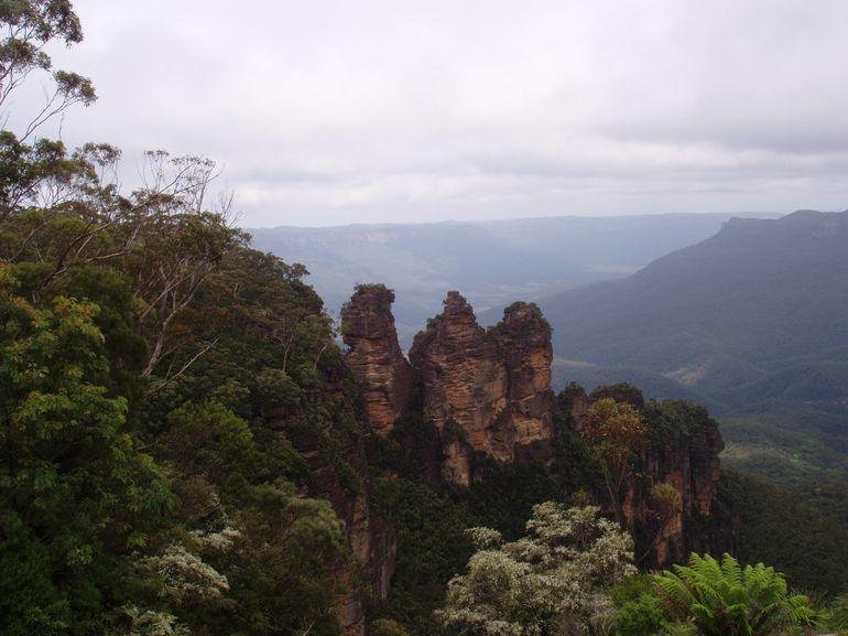 Three Sisters - Sydney
