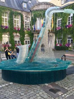 Memorial to the man who invented the saxophone who was from Dinant , Thomas M - August 2017