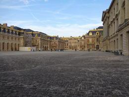 Palace courtyard , Jeff S - October 2017