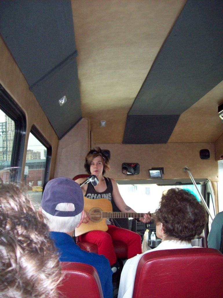 and quot;Whole lotta singin' goin' on! and quot; on the Memphis Mojo Musical Bus Tour - Memphis