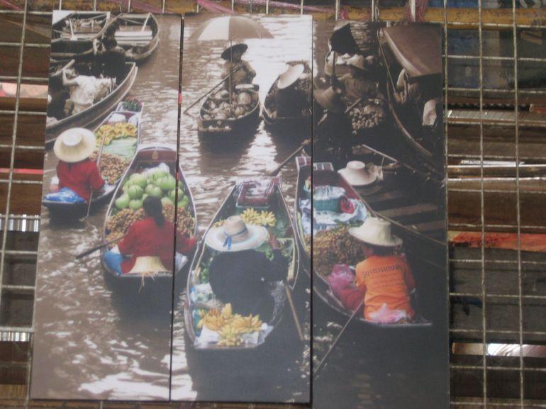 Floating market bizarre - Bangkok