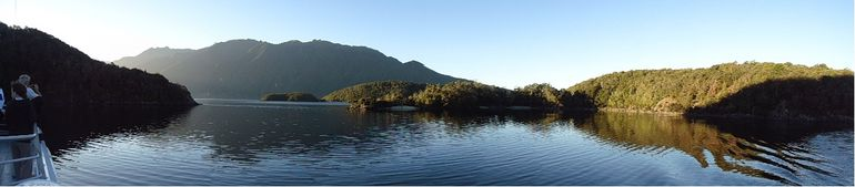 Lake TeAnau Glow Worm Cruise - Te Anau