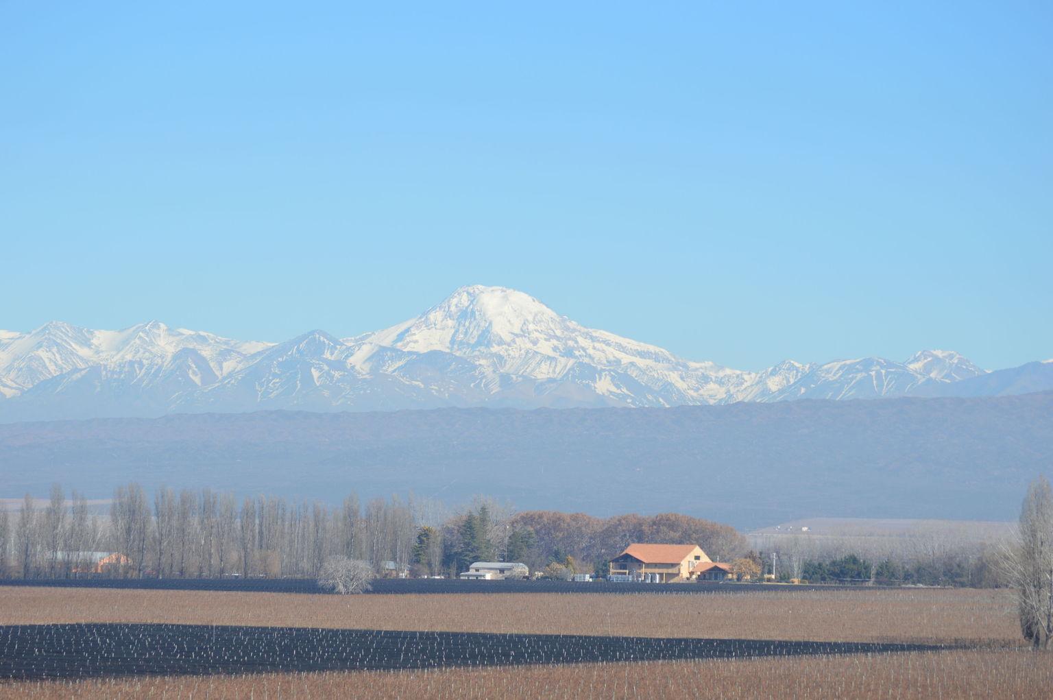 MÁS FOTOS, Traslado desde aeropuerto de Mendoza a Hotel