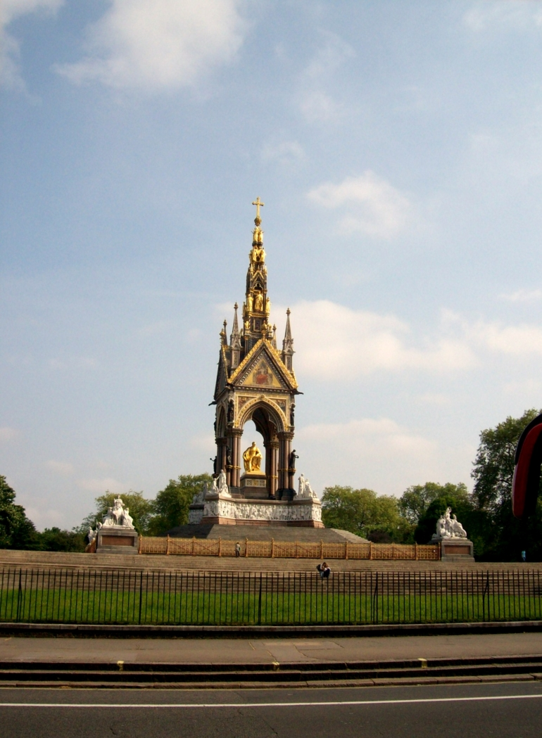 Prince Albert Memorial London - London