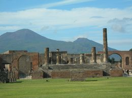 The ruins plus Mt Vesuvius., Lyn C - October 2008