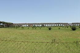 Her ser en den gamle bymuren med golfbane i midten. dette var på slutten av sykkelturen og et av høydepunktene. , Bjarte A - May 2013