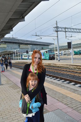 Megan and Morgan waiting for the train to Venice , Cherie B - August 2015