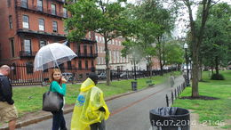 Our guide Neina giving in depth information on Harvard University. , gheorghe p - July 2014