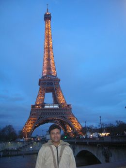 The Eiffel Tower looks beautiful at night, Mahesh Mane - April 2010