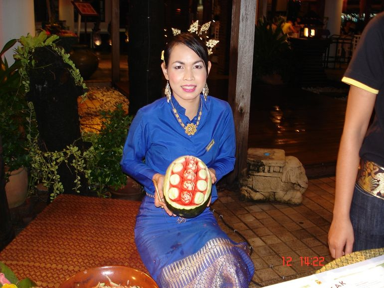melon carving - Phuket