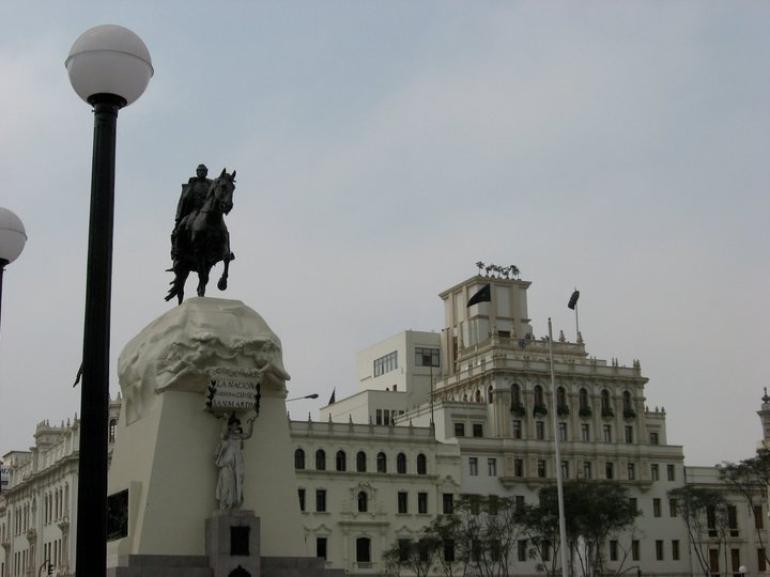 Plaza San Martin - Lima