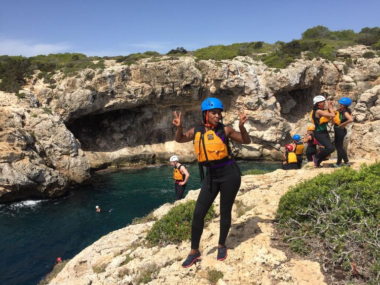 Small-Group Cliff Jumping Experience in Mallorca