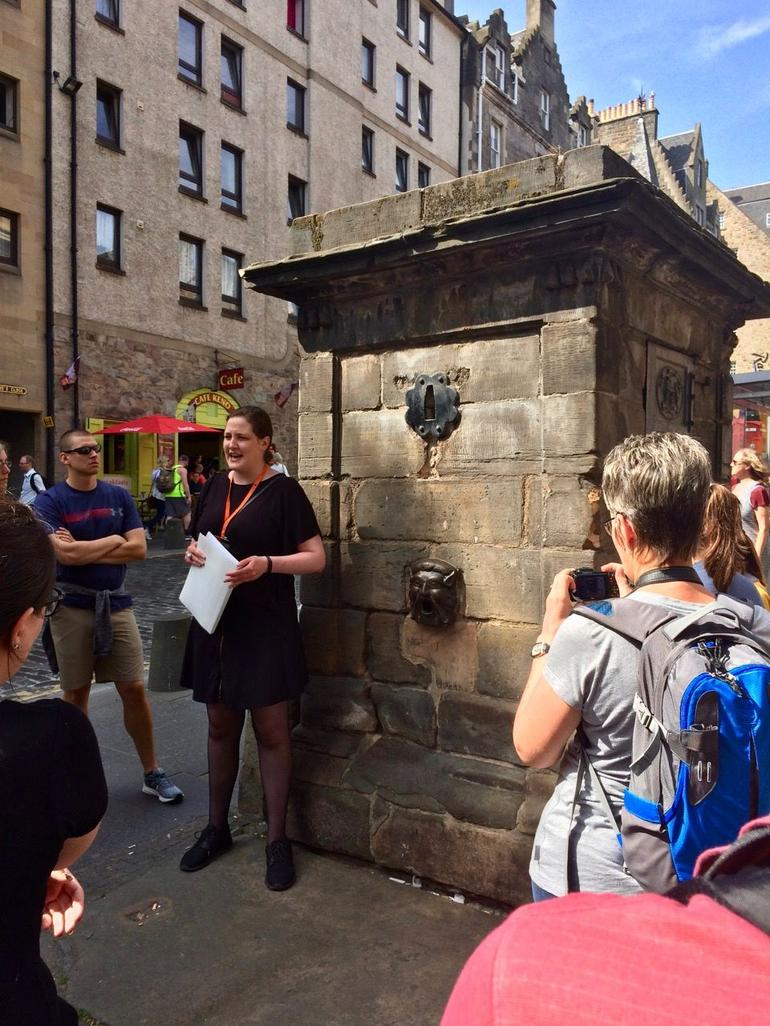 Historical Walking Tour with Optional Skip the Line Entry to Edinburgh Castle photo 26