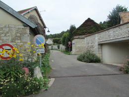 Street in Giverny back. So quaint and laid back, I could see me living here , Elizabeth R - December 2017
