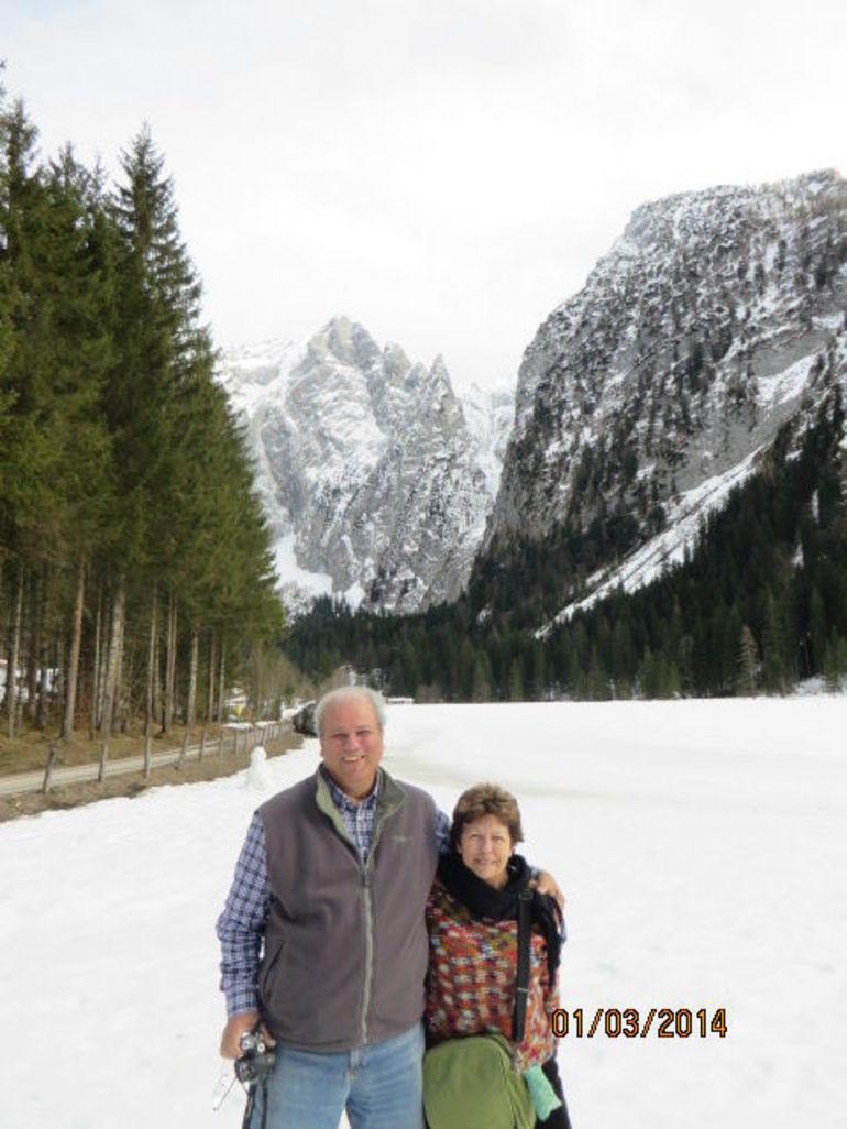la-neige-a-couvert-le-paysage-de-la-foret-bavaroise