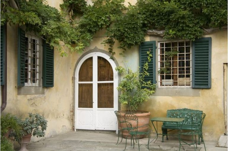 Courtyard of Sonnino - Florence