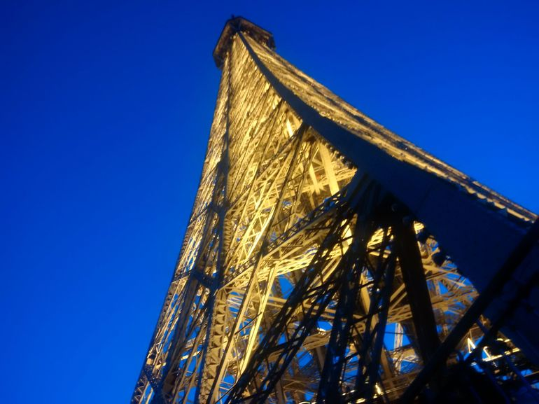 Skip the Line: Small-Group Eiffel Tower Sunset Tour photo 20
