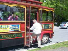 Oeds is boarding the bus , after a busy sightseeing day in Stanley Park. , Oeds J B - May 2012