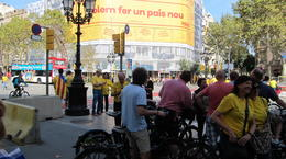 During the tour we crossed the demonstration for independance; banner on Gaudi's building , Marc S - October 2014
