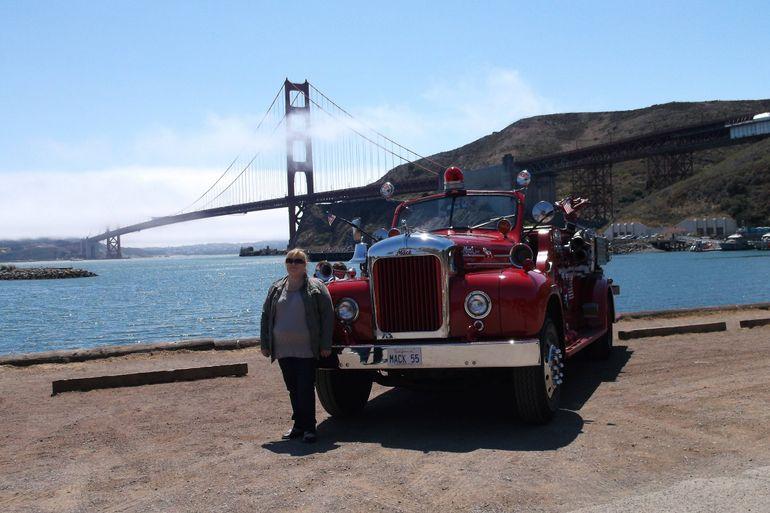 Big red Mack 55 - San Francisco