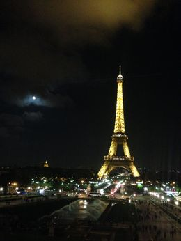It was a beautiful night for a moonlit Seine River tour! , Steven K - October 2015